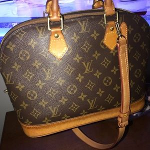 Monogram Louis Vuitton Alma (Authentic)